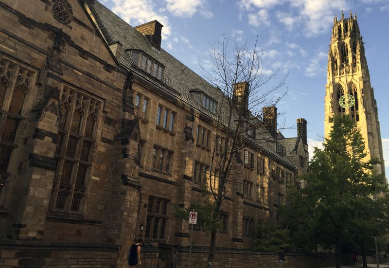 Justice Department accuses Yale of discriminating against white and Asian applicants